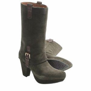 EarthiesLintz Pine Suede Heeled Harness Boots 10
